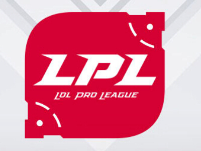 LPL四周年 带你走进正大广场比赛现场