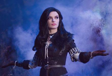 《巫师3》叶奈法超还原 cosplay 完美气质令人屏息