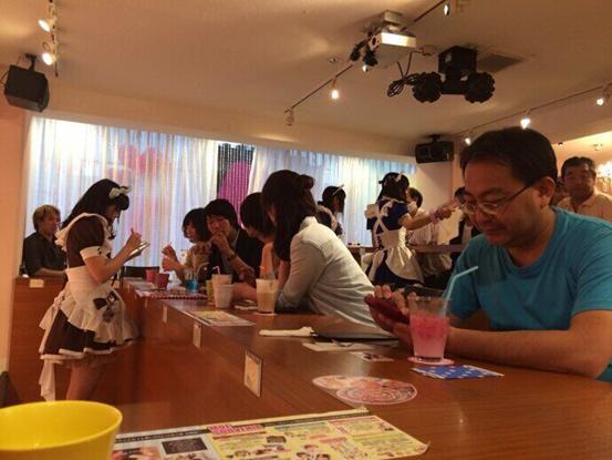 广州某网吧推出LOL陪玩服务 排位60一场