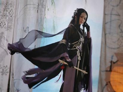 剑网三cos 悠闲养老儒风花姐也是那么美